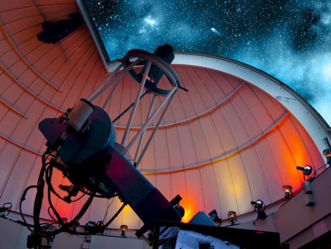 Teleskop in den Anden